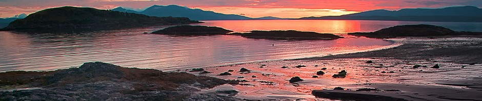 cropped-Oban-933-red-sunset.jpg